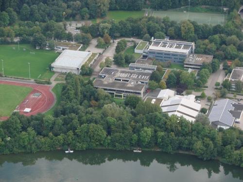 Luftaufnahme der Maximilian Lutz Realschule